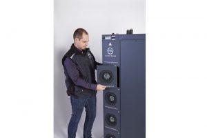 seitenkuehler-slimbox-ventilatortausch-3